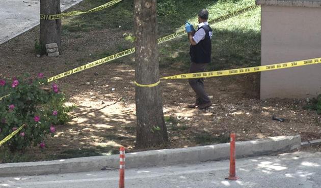 Ankara'da toprağa gömülü 10 uçaksavar mermisi bulundu