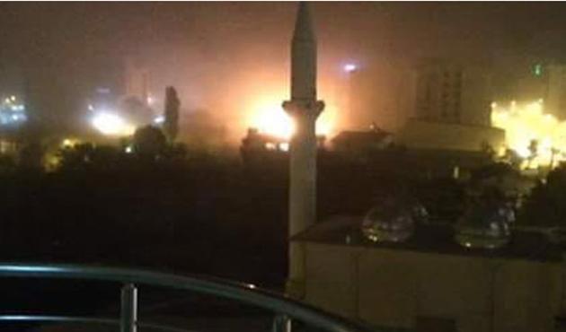 Van'da polis merkezine bombalı araçla saldırı | VİDEO
