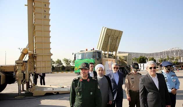 İran'dan yeni mobil savunma füze sistemi