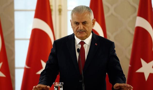 Başbakan Yıldırım: Saldırı demokratik istikrara yapıldı