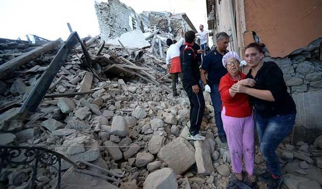 İtalya'daki depremde ölü sayısı 120'ye çıktı