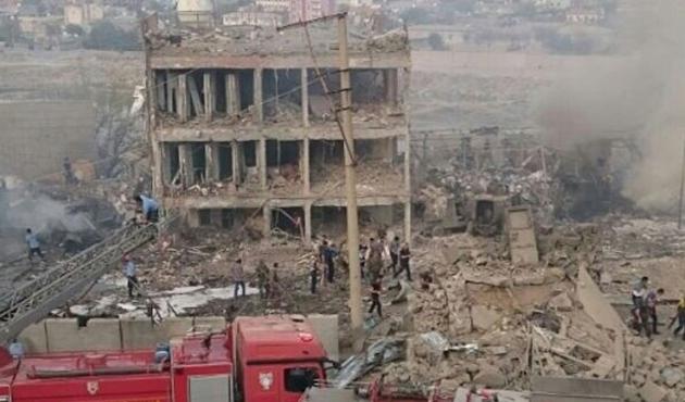 Cizre'de Çevik Kuvvet'e saldırı; 11 şehit