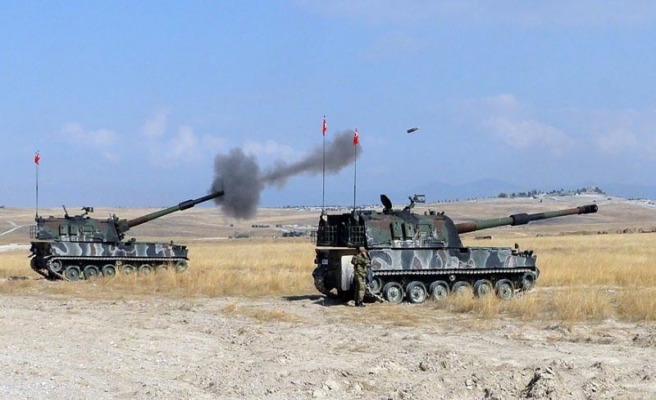 TSK: 1 tank isabet aldı, 3 asker şehit