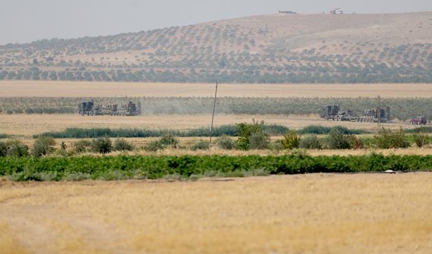 Takviye zırhlı araçlar Suriye'ye girdi