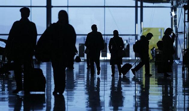Bir saat uyarısı da havayolu yolcuları için