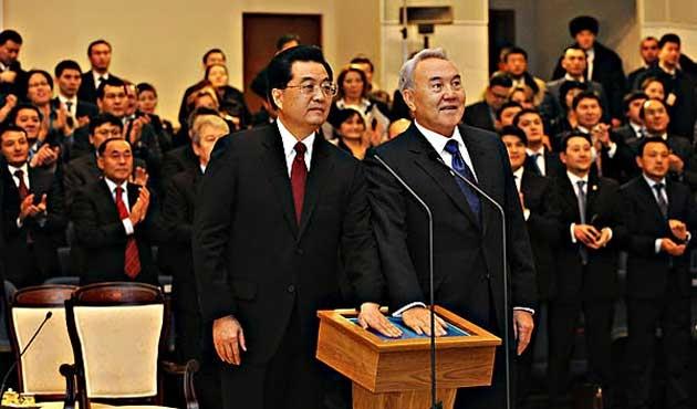 Kazakistan'da yeni hükümet