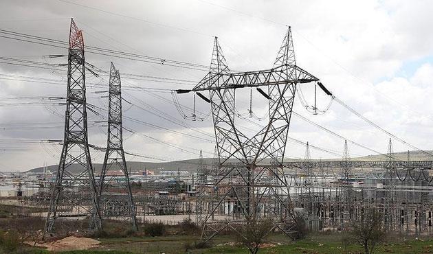 Türkiye'den Cerablus'a elektrik