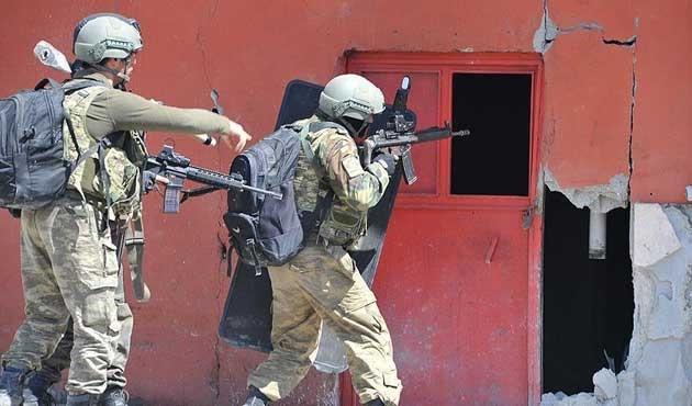 Saldırı hazırlığındaki PKK'lılara operasyon
