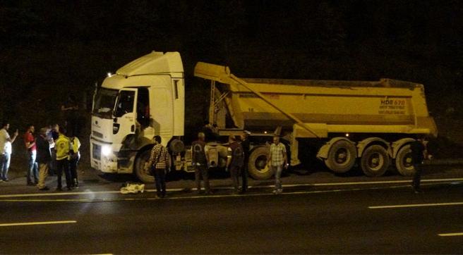TEM'i felç eden çalıntı kamyon boş çıktı