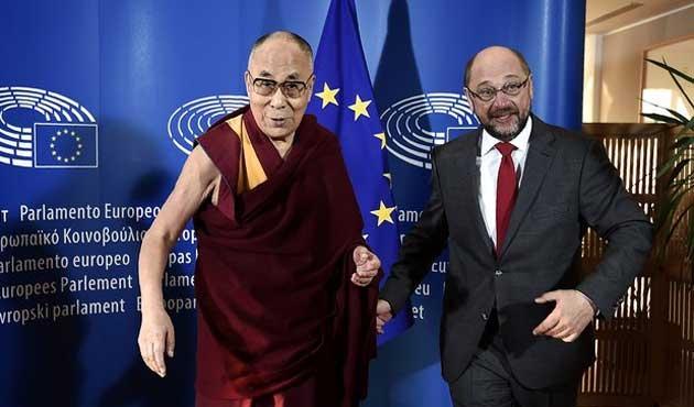 Dalay Lama'nın AB ziyareti Çin'i kızdırdı
