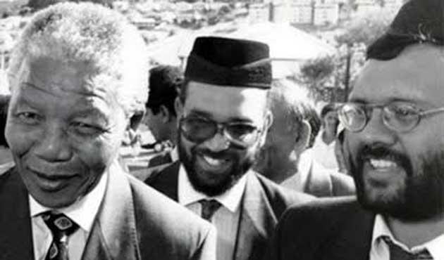 Mandela ile omuz omuza bir Müslüman: İbrahim Resul