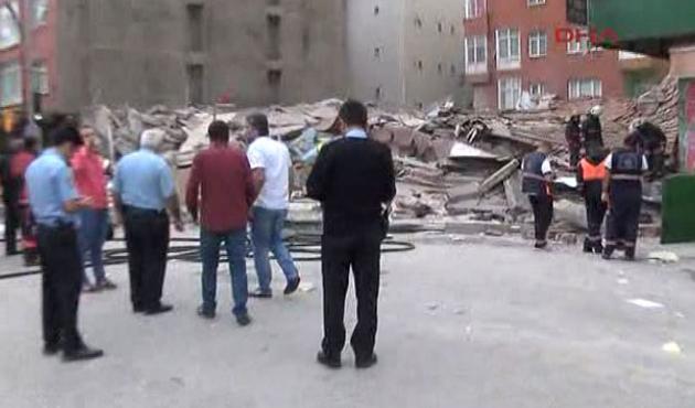 İstanbul-Bağcılar'da bina çöktü
