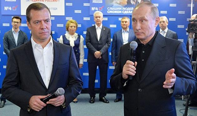 Rusya'da Komünistlerde dramatik düşüş; liberaller ana muhalefet olamadı