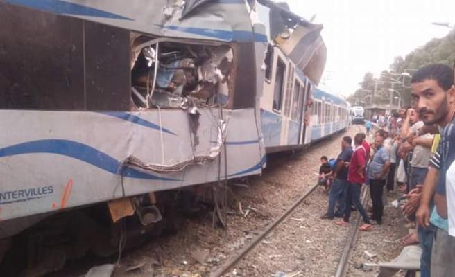 Cezayir'de trenler çarpıştı