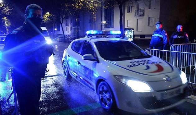 Almanya'da terör şüphelisine gözaltı