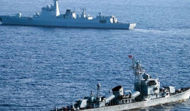 Güney Çin Denizi krizinde yeni aktör Rusya