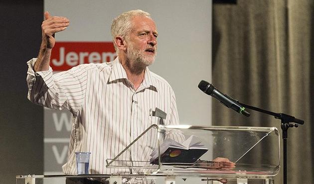 İngiltere'de Corbyn'in zaferi ve 'alternatif' tartışmaları