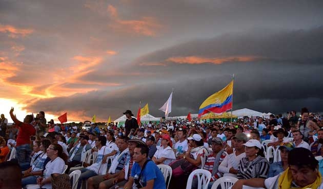 FARC'la barış için muhalefetle diyalog