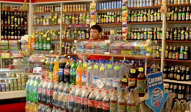 Özbekistan'da alkollü içki satışına düzenleme