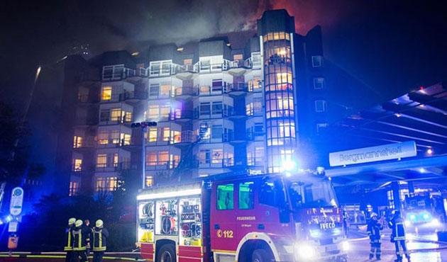 Almanya'da hastane yangını; iki ölü