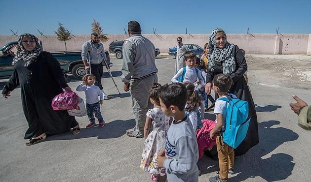IŞİD'den temizlenen Cerablus'a dönüşler sürüyor