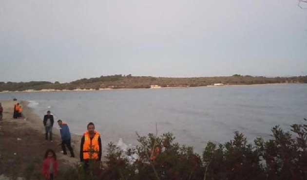 Dikili'de 69 göçmen yakalandı