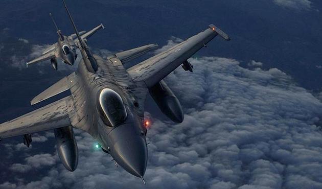 K. Irak'taki PKK mevzileri imha edildi