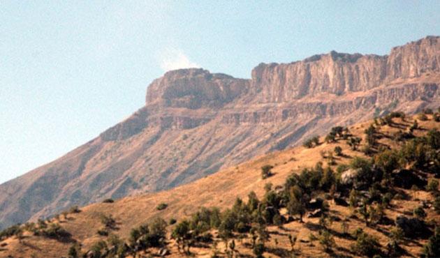 PKK üs bölgesine saldırdı