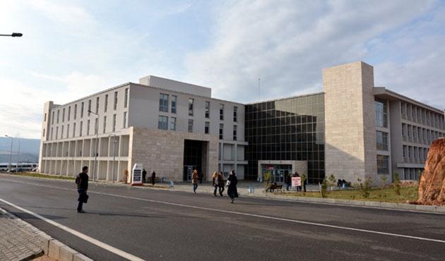 Munzur Üniversitesi, Ovacık'taki 3 bölümü taşıdı