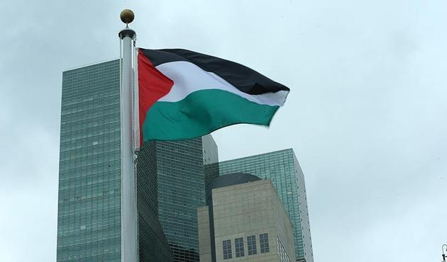 Filistin hükümeti yerel seçimleri erteledi