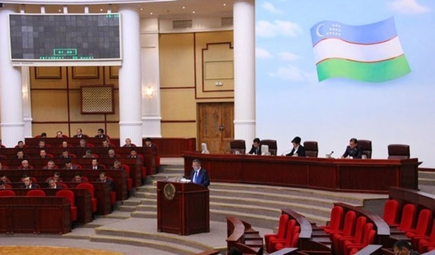 Özbekistan yeni yol haritasını halka soruyor