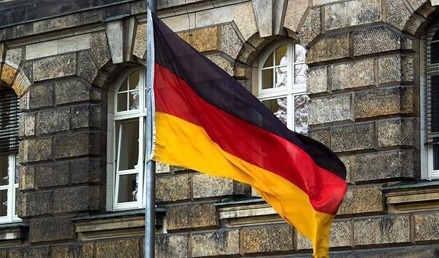 Almanya'da Esad hakkında suç duyurusu