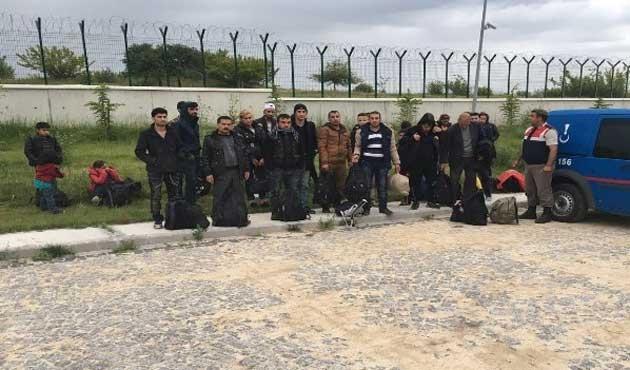 Kırklareli'nde 62 göçmen yakalandı