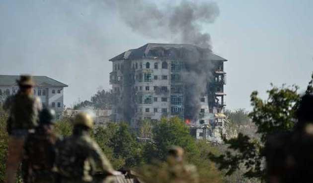 Hint askeri iki Keşmir direnişçisini öldürdü