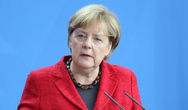 Merkel Türkiye ile yeni fasıl açılmasına karşı