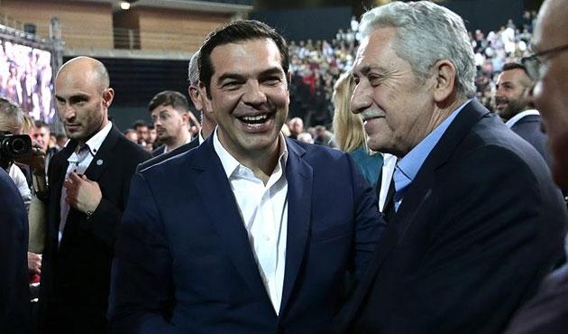 Çipras yeniden SYRIZA başkanı