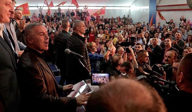 Karadağ'da seçimin galibi Batı yanlıları