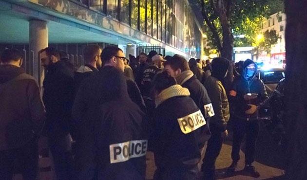 Fransa'da polisler yine meydanlardaydı