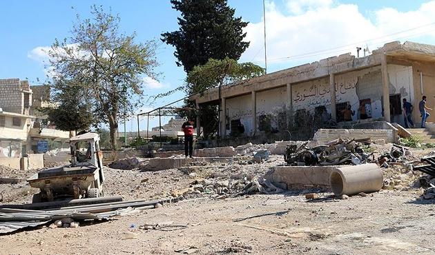 İdlib'deki okul saldırısı savaş suçu sayılabilir