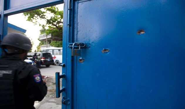 Haiti'de cezaevinden büyük firar
