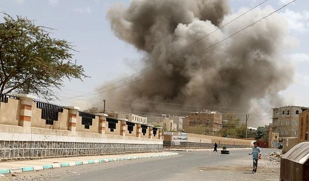 Yemen'de ateşkes bitti, hava saldırıları başladı
