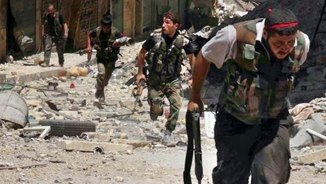İngiltere Suriyeli muhalifleri eğitecek