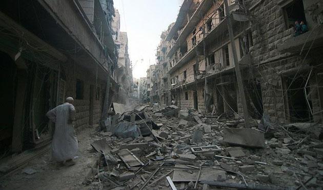 Halep'e hava saldırısı: 7 ölü