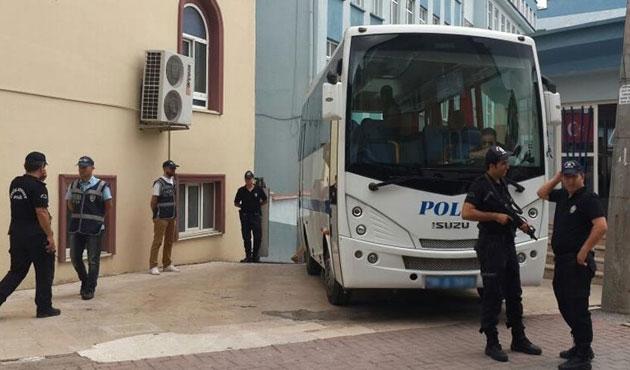 Diyarbakır'da iki belediyeye kayyum atandı