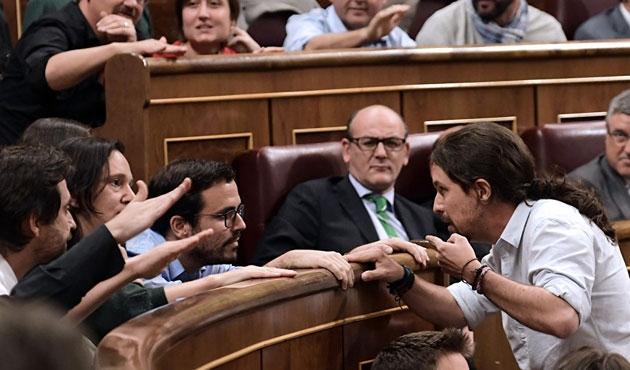 İspanya'da hükümet güvenoyu alamadı