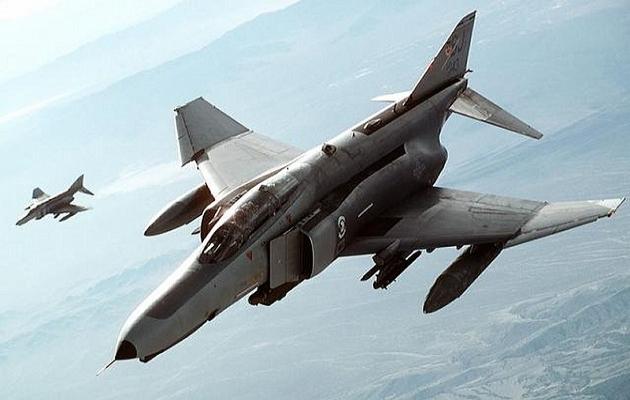 ABD ve Rus uçaklarından yakın uçuş