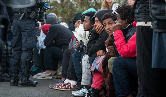 Marsilya'ya 18 sığınmacı fazla geldi