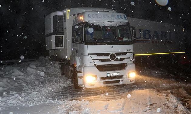 Ağrı'da 255 köy ve mahalle yolu ulaşıma açıldı