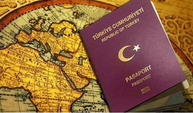 AB vize serbestisini 2018'e sarkıtabilir