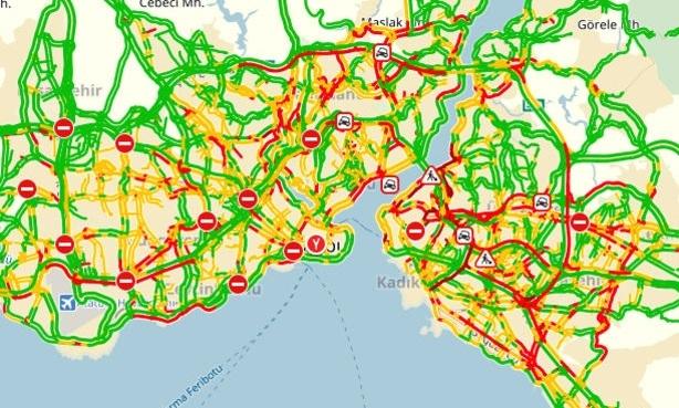 İstanbul'da trafik kilitlendi!